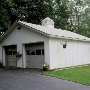 simple 2-car garage with cupola