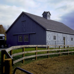 Stable Exterior of a 6 stall center isle barn with full loft